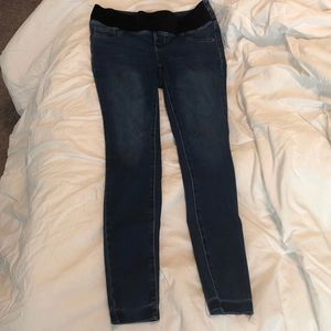 Maternity skinny rockstar jeggings